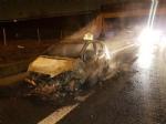 ORBASSANO - Auto prende fuoco in tangenziale, paura al Sito - LE FOTO - - immagine 3
