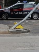 MONCALIERI - Auto centra un palo della luce in piena notte. In quattro al Cto - immagine 3