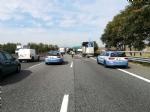 NICHELINO - Maxi incidente In tangenziale sud, coinvolti mezzi pesanti e auto - LE FOTO - - immagine 6