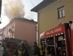TROFARELLO - Si incendia il tetto di una palazzina: evacuate 14 famiglie - immagine 4