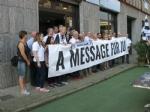 MONCALIERI - Parte dallo Juventus Club cittadino uno striscione che arriverà fino a Cardiff - immagine 4