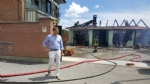 BEINASCO - Incendio nel deposito di unimpresa di costruzioni a Borgaretto: tanta paura, ma nessun ferito - immagine 8