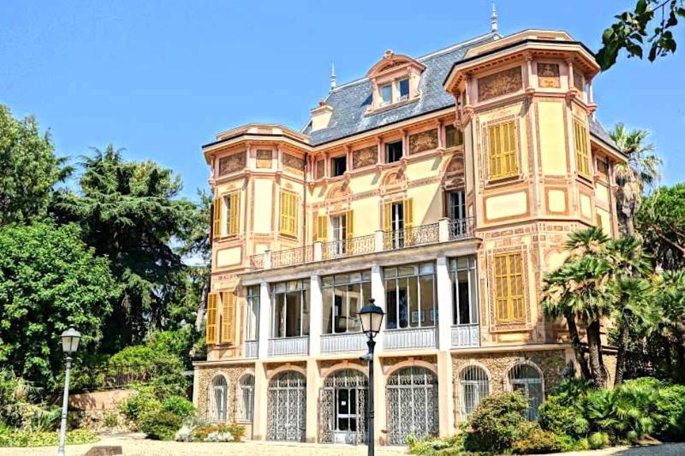 Fiori, parchi e giardini: Sanremo è la perla della Riviera Ligure