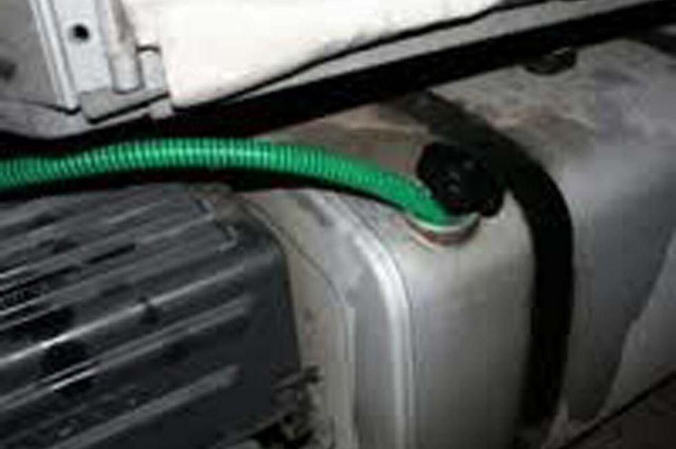 TROFARELLO - Maxi furto di carburante da un camion parcheggiato in zona industriale