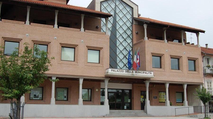 BEINASCO - Una settimana al ballottaggio Lombardi-Cannati: chi sarà il nuovo sindaco?