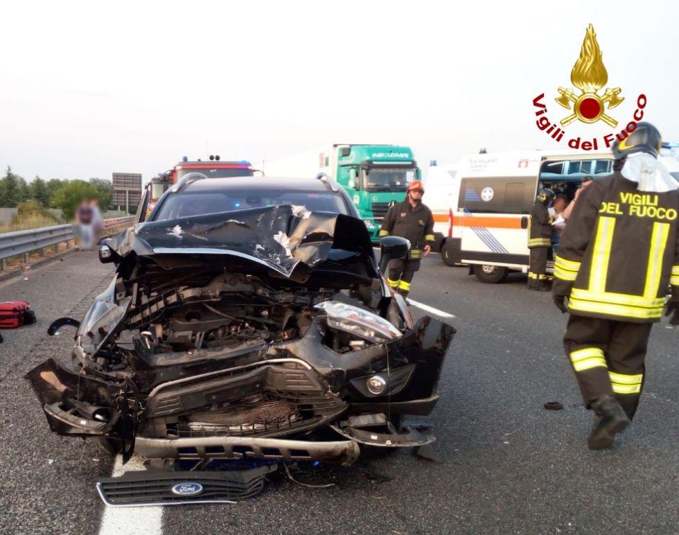 DRAMMA SULLA TORINO-MILANO - Incidente stradale: in coma una bimba di cinque anni di Bruino - FOTO e VIDEO