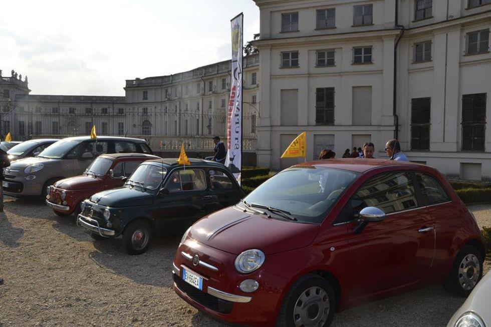 NICHELINO - Il Comune offre la location di Stupinigi per il Salone dell'Auto