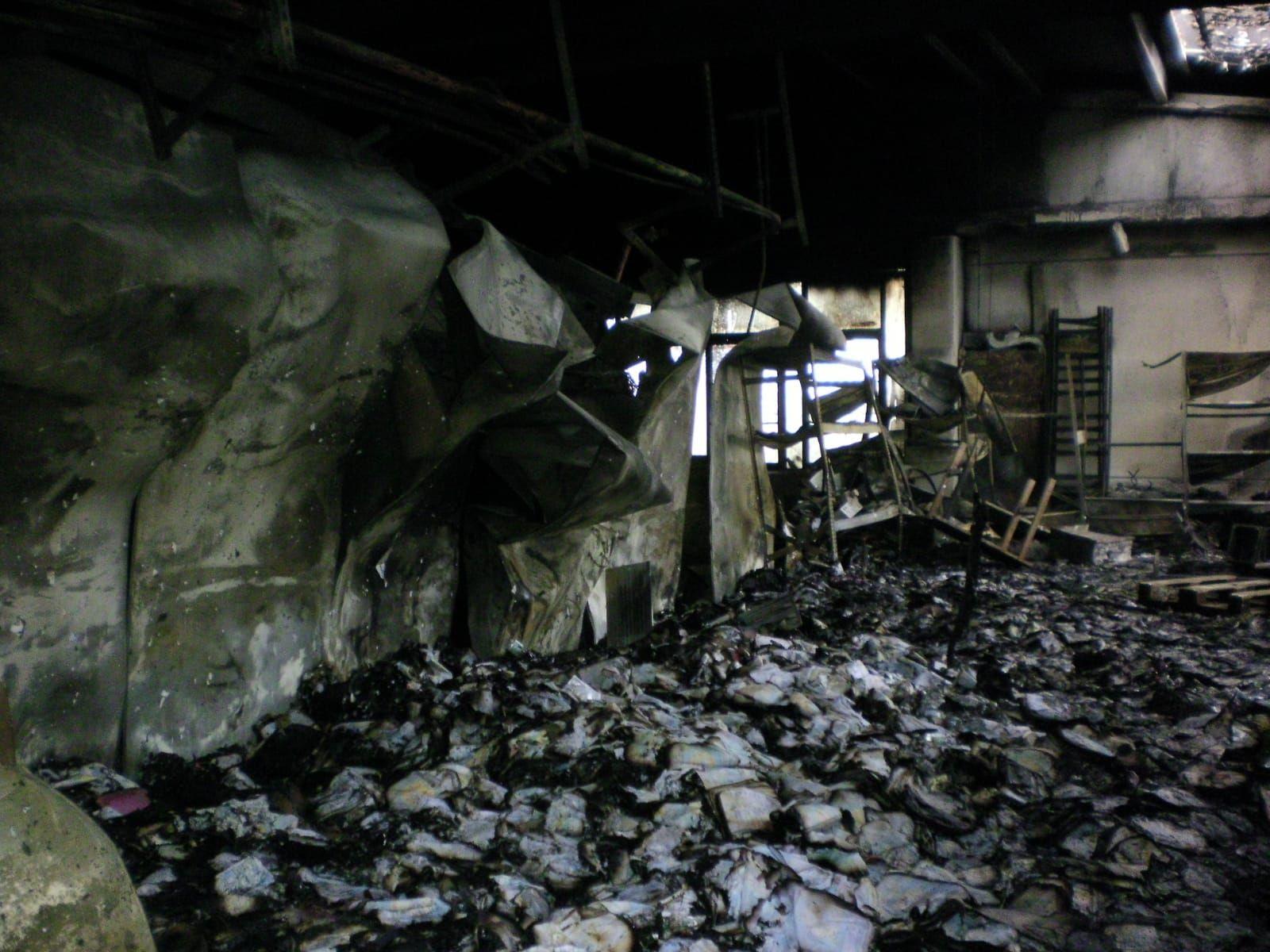 MONCALIERI - Un corto circuito alle celle frigorifere, così è partito l'incendio alla 'Tripa'