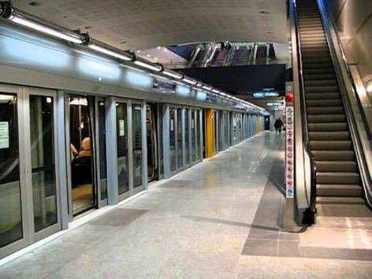 METRO BENGASI - Via ai collaudi della nuova stazione: la metro chiude alle 22
