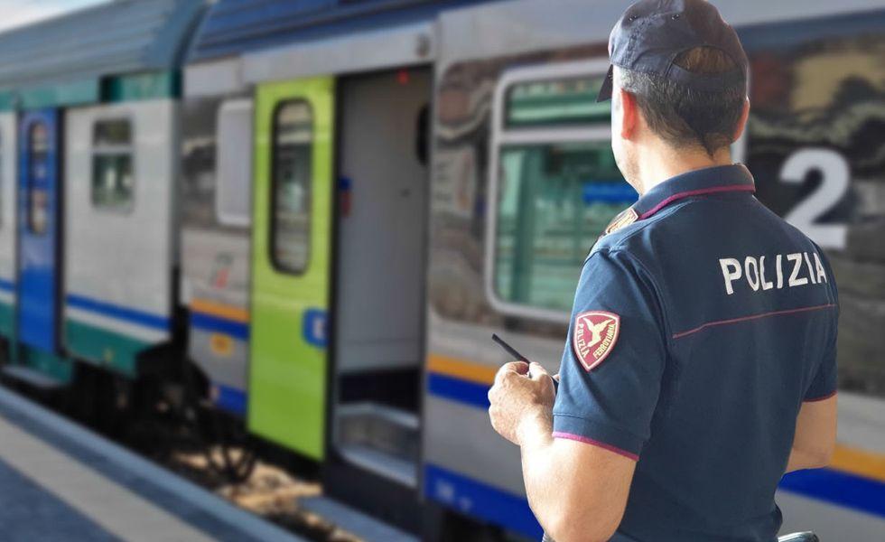 MONCALIERI-CARMAGNOLA - Controlli della polizia ferroviaria nelle stazioni