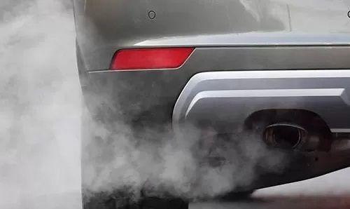 SMOG - Da domani riprendono le limitazioni anti inquinamento