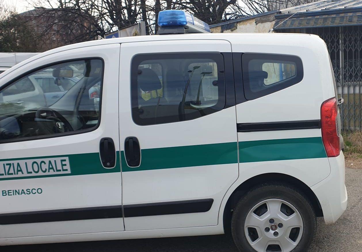 BEINASCO - Semafori devastati dai vandali: caccia ai responsabili