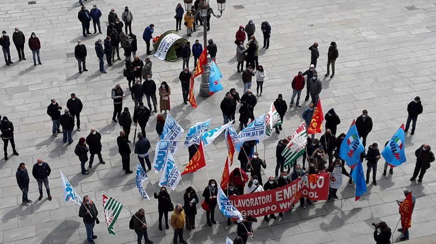 LAVORO - Ex Embraco: nove giorni per sospendere il licenziamento collettivo