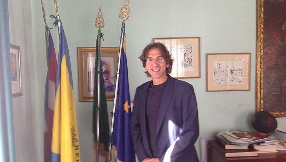 NICHELINO - Arresto per corruzione di un funzionario del Comune: il sindaco: 'Sono Inorridito'