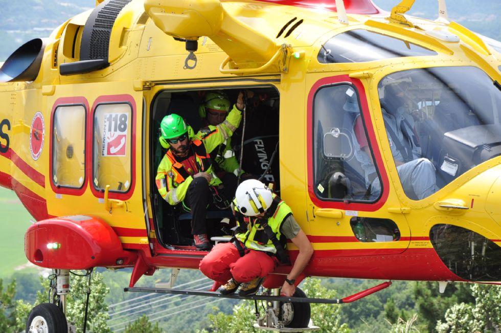 RIVALTA - Uomo di 53 anni cade dal Monte Bianco: se la caverà