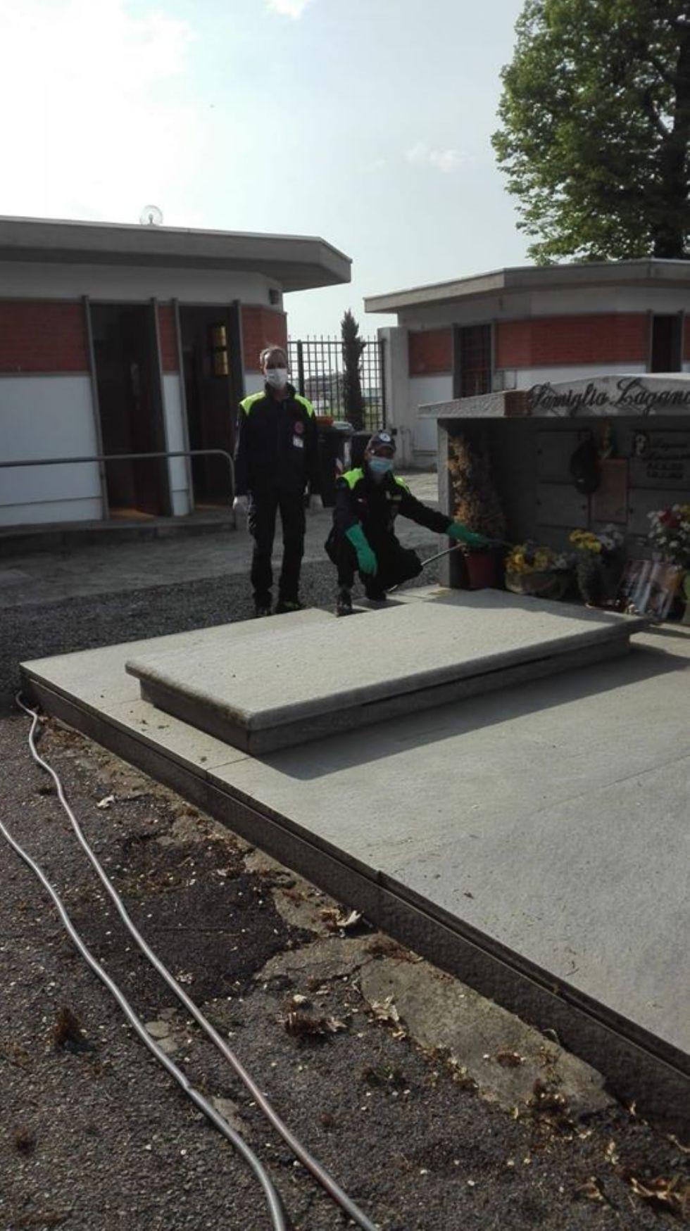 CANDIOLO - Cimitero chiuso, la protezione civile si prende cura delle tombe