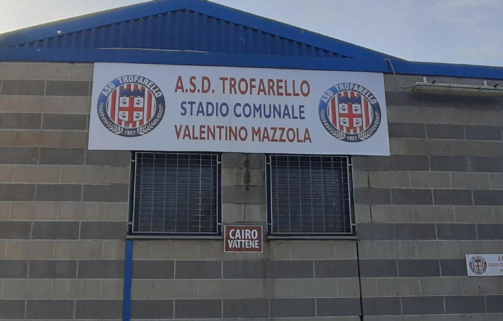 CALCIO - «Cairo vattene»: cartello contro il presidente del Torino al centro sportivo di Trofarello