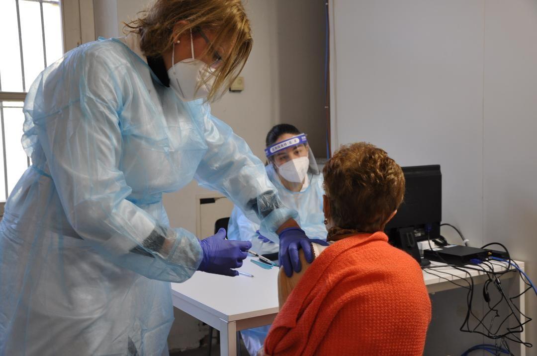 COVID - Partita ieri la campagna vaccinale per chi ha già compiuto 80 anni