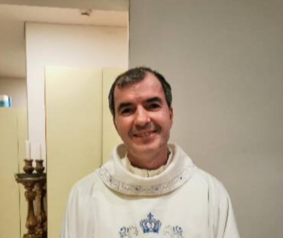CARMAGNOLA - A fuoco la parrocchia di Salsasio, il parroco evita il disastro