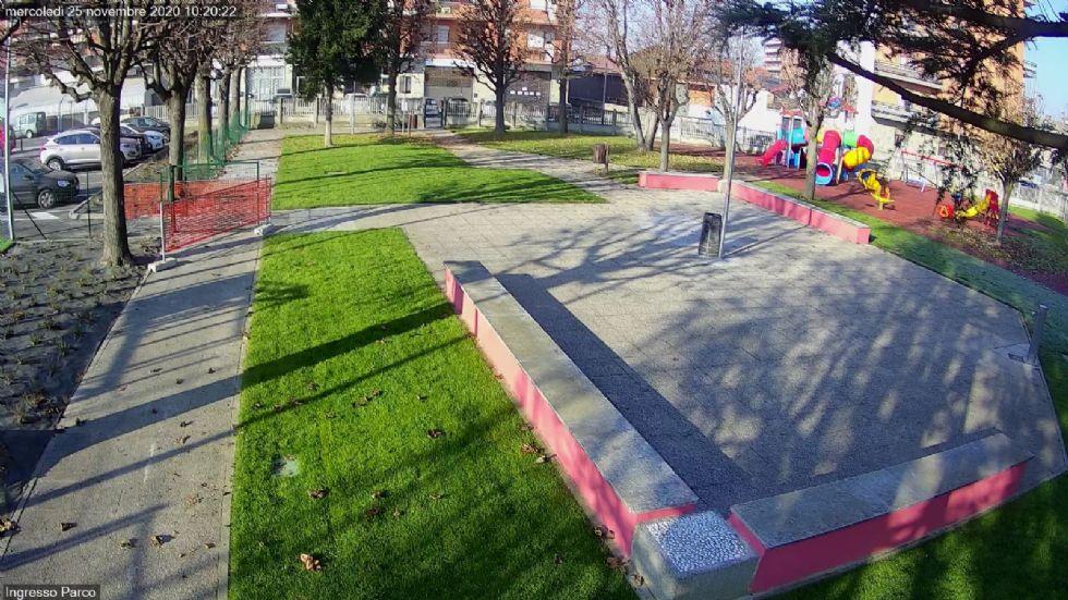 VINOVO - Contrasto al vandalismo: nuove telecamere nei giardini di via Carignano