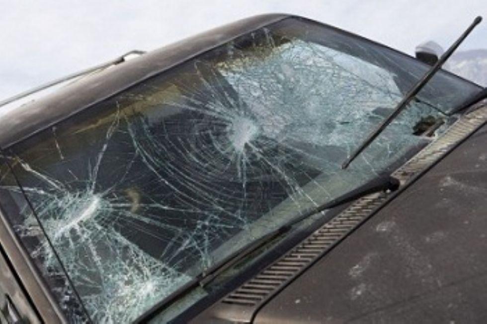 NICHELINO - Strage di finestrini d'auto nella notte in zona Castello