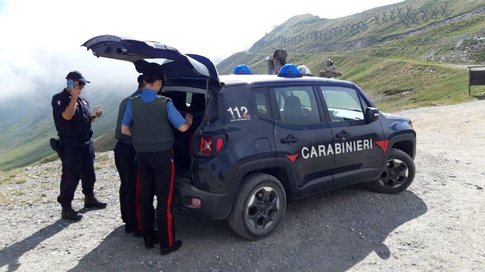 CRONACA - Un 16 enne di Orbassano nella banda che ha rubato e devastato un'auto a Sestriere per noia