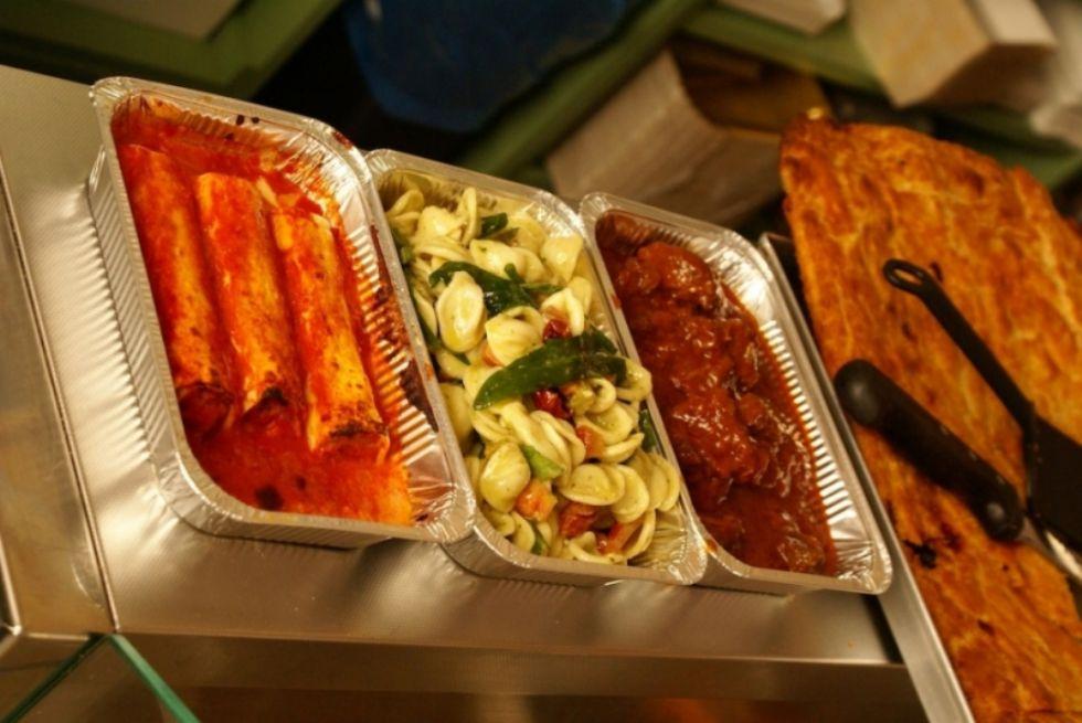 VIRUS - Da lunedì 4 maggio le attività di ristorazione potranno fare il servizio di asporto
