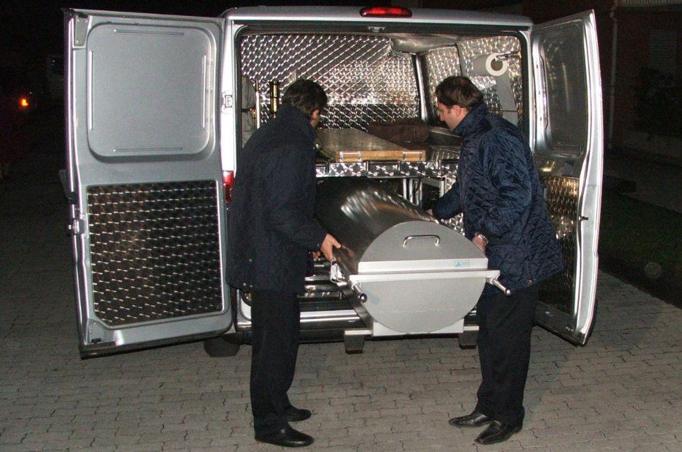 ORBASSANO - 49enne trovato morto nello scantinato del palazzo dove viveva