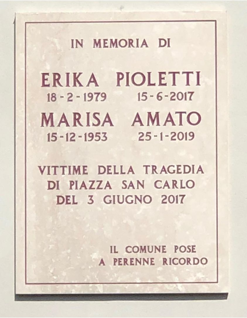 BEINASCO - Una targa per ricordare Marisa Amato, morta nella tragedia di Juve-Real