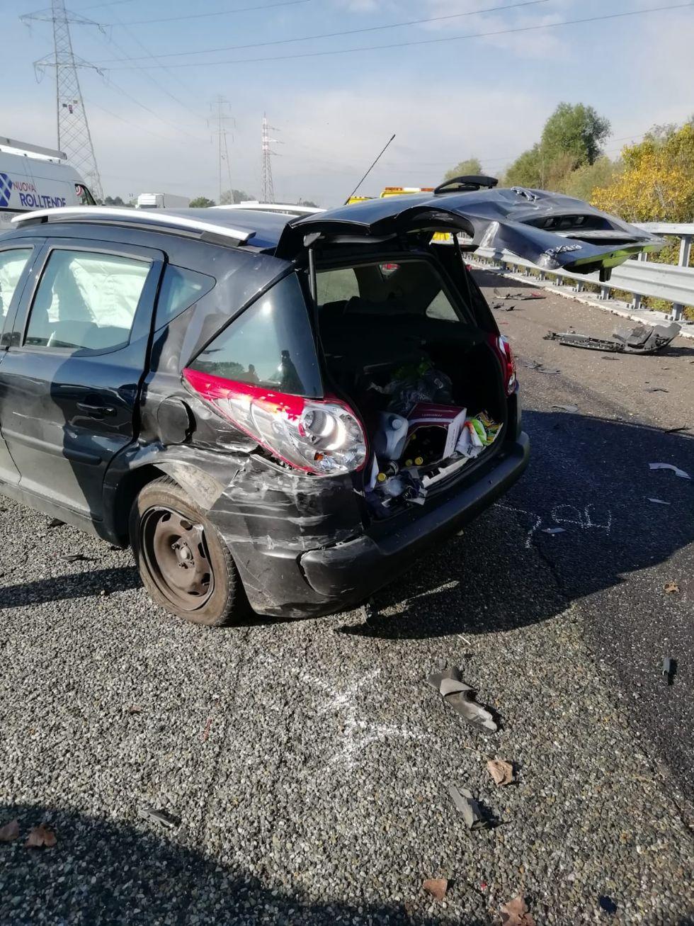 NICHELINO - Incidente in tangenziale all'altezza di Stupinigi: due feriti