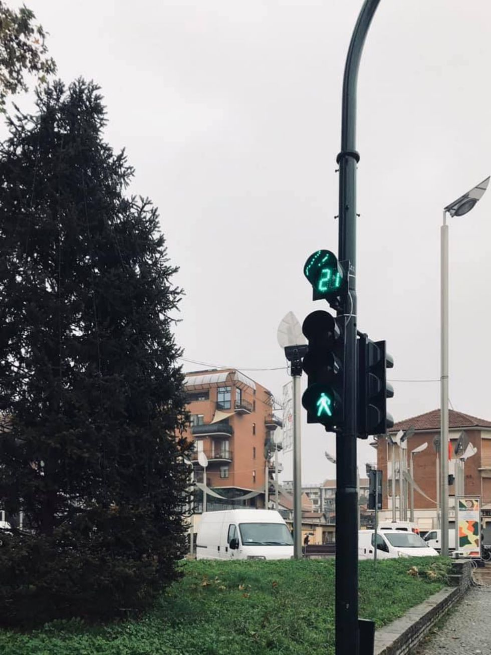 NICHELINO - Sui semafori della città arrivano i contasecondi