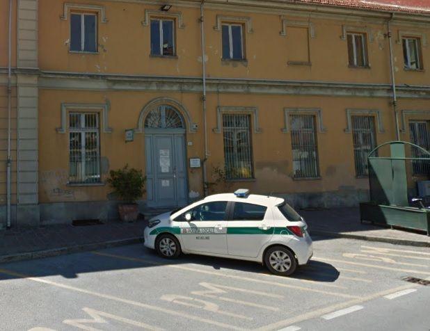NICHELINO - Marito e moglie investiti in via Torino: entrambi in ospedale