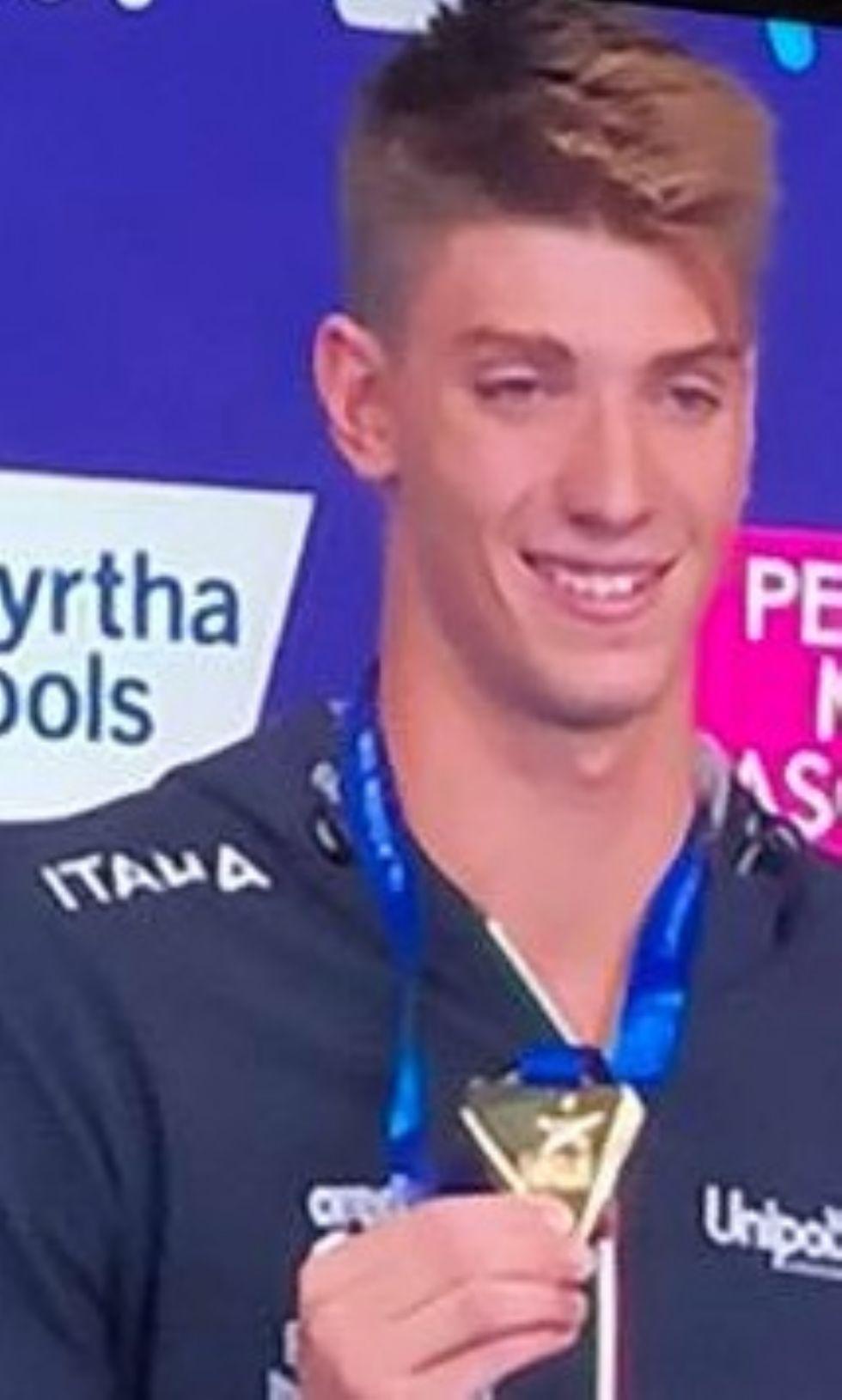 MONCALIERI - Alessandro Miressi oro agli europei di nuoto
