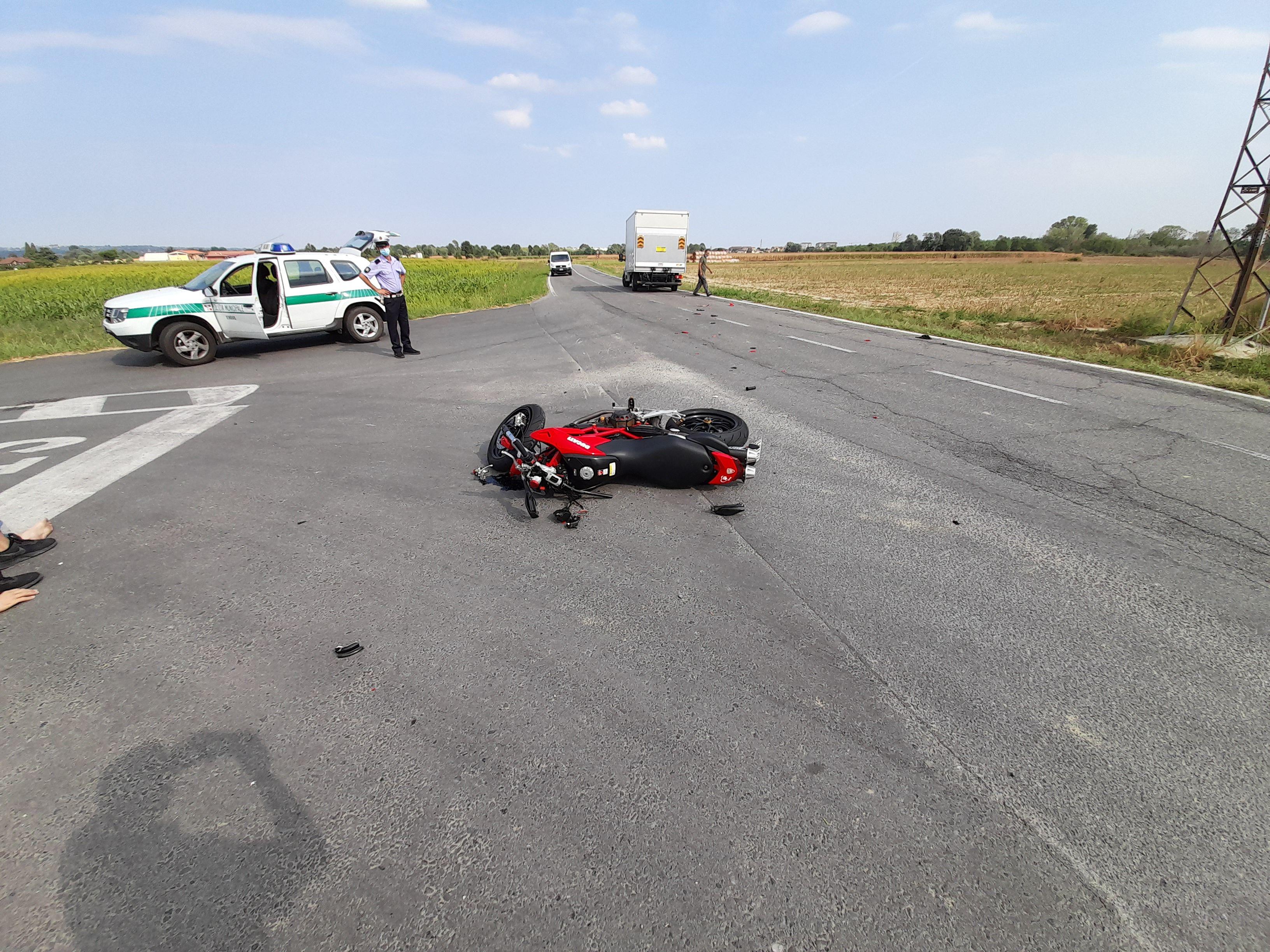 VINOVO - Grave incidente in strada MOncalieri